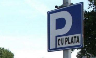Primăria municipiului Alba Iulia a prelungit perioada de testare a sistemelor de gestiune a parcărilor publice cu plată