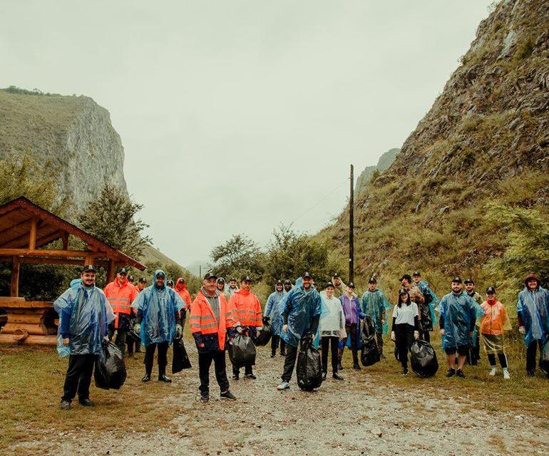 Acțiune de ecologizare realizată de echipa ASCOR Alba Iulia în Cheile Aiudului