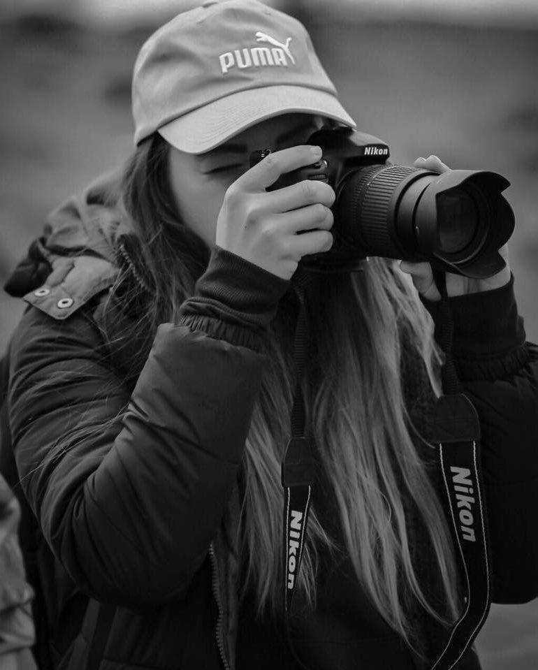 Despre fotografie, aparat foto și relația fotograf-client cu Cristina Itul, o albaiuliancă talentată și pasionată