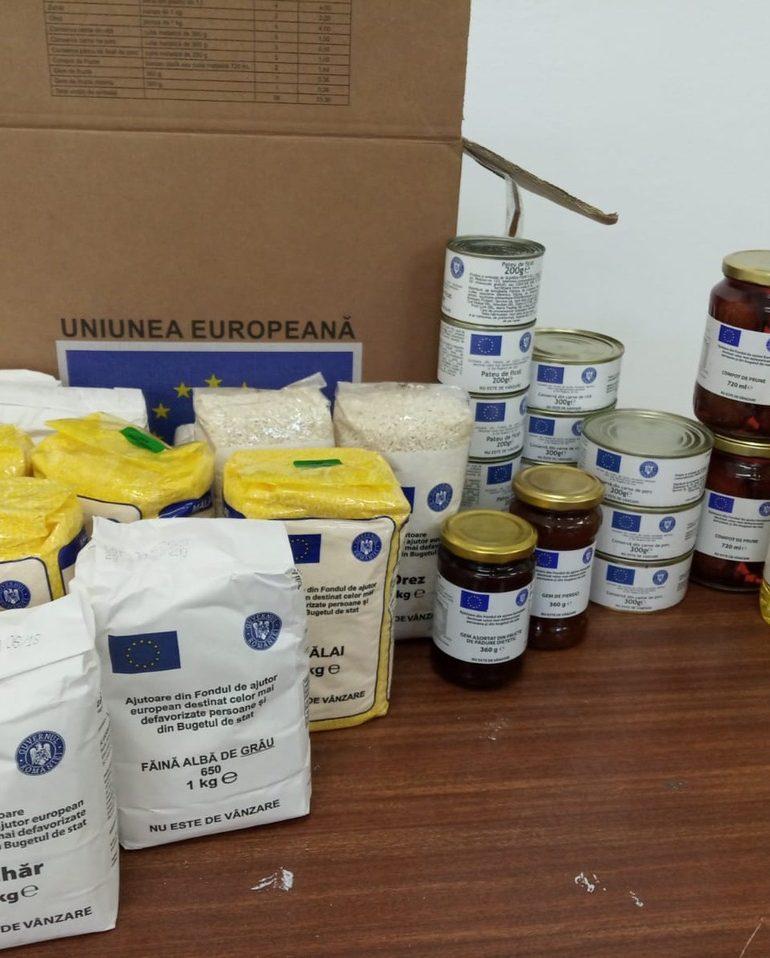 Alba Iulia a început distribuirea pachetelor cu alimente de bază pentru persoanele dezavantajate