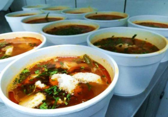 Începe distribuția tichetelor pentru mese calde
