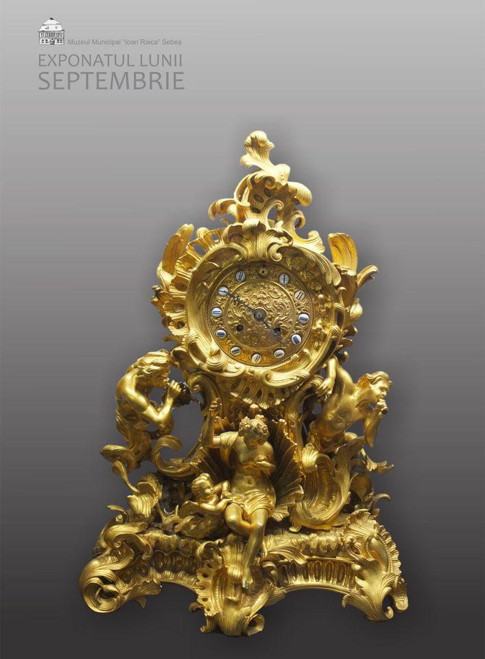"""Exponatul lunii septembrie la Muzeul Municipal """"Ioan Raica""""din Sebeș: Ceas de mână în stil Rococo"""