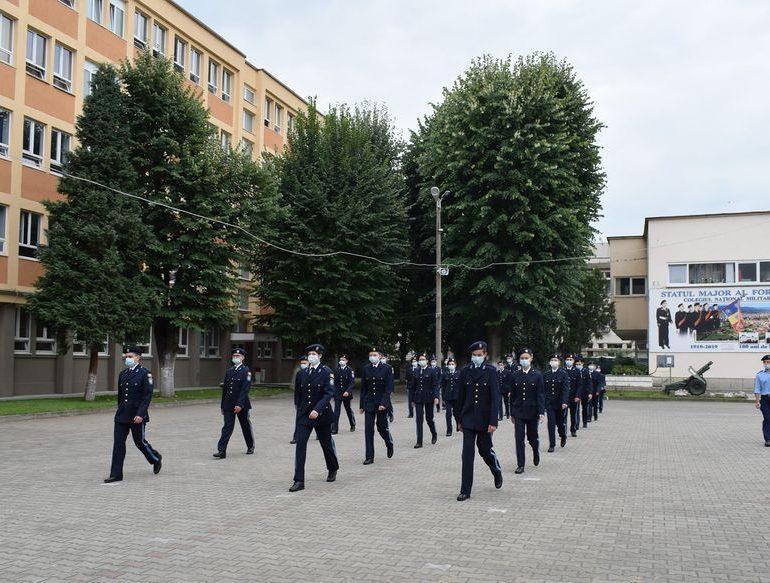 Primele zile ca elev militar