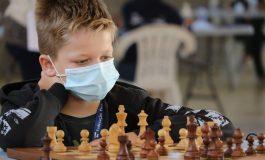 Lucas Moldovan pe podium în campionatul Portugaliei la şah pentru juniori