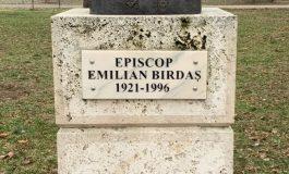 """Episcopul Emilian Birdaș omagiat de Biblioteca Județeană """"Lucian Blaga"""" Alba, la 99 de ani de la naștere"""