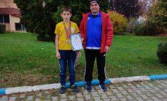 Junior de la CS Unirea Alba Iulia, trei medalii, de aur și argint, la Campionatul Național de Haltere