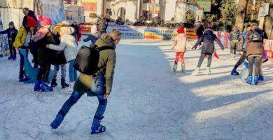 Programul de funcționare al patinoarului cu acces gratuit de la Sebeș