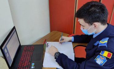 Elevii militari atrași de performanță își testează cunoștințele la olimpiadele online