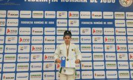 Reușită pentru CS Unirea Alba Iulia: La doar 15 ani, judoka Laura Alexia Bogdan obține medalie de bronz la campionat de seniori