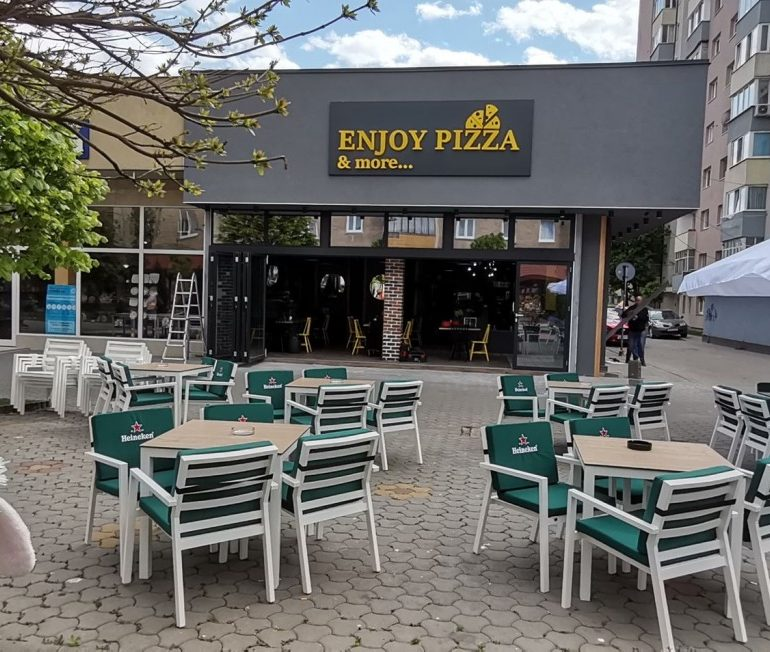 Enjoy Pizza & more… s-a mutat în casă nouă
