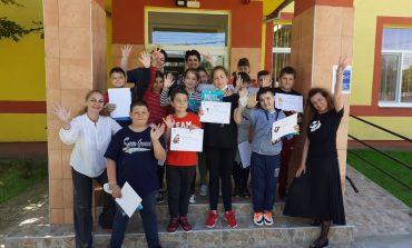 """Teatrul de Păpuși """"Prichindel"""" a derulat un atelier de scriere creativă"""