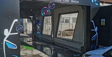 TCW - Touchless Car Wash, o nouă spălătorie auto în Alba Iulia, complet automatizată, dedicată domnilor, dar foarte accesibilă și doamnelor